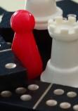 Jeux de société : les échecs et les dominos